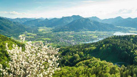 Frühling und Grün am Tegernsee Relais Chalet Wilhelmy