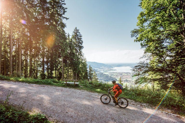Biken in den Bergen am Tegernsee Relais Chalet Wilhelmy