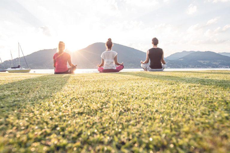 Yoga und Entspannung am See Relais Chalet Wilhelmy